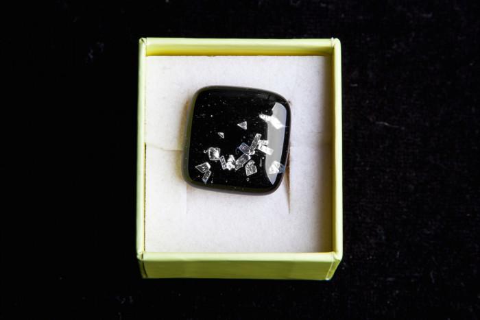 Glas vierkant zwart/zilver - Lovendegem Online